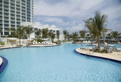 Continuum North Tower South Beach Pool