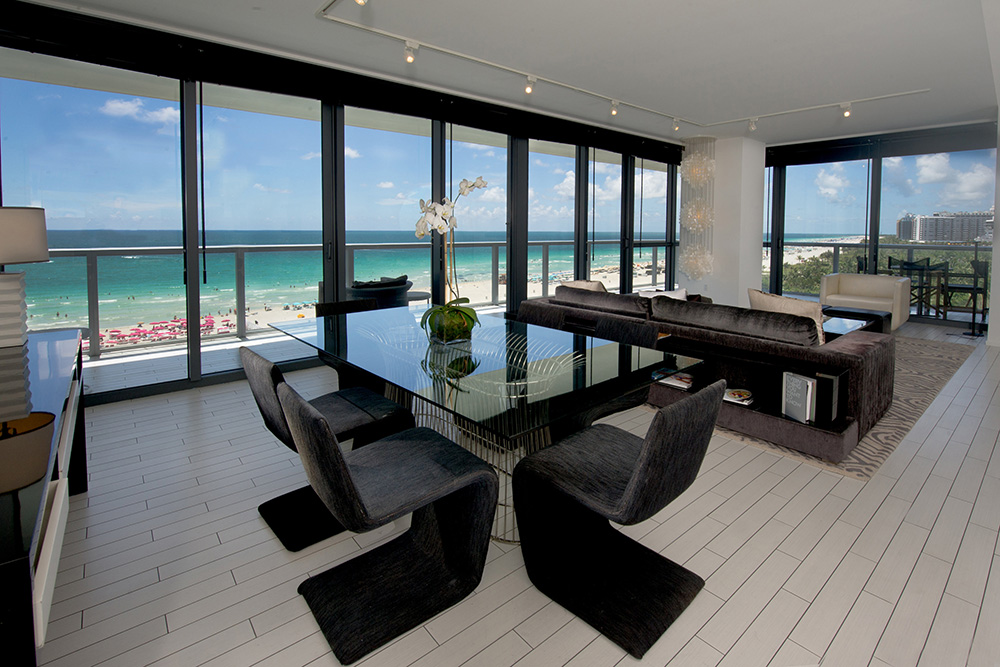 W South Beach Unit 828