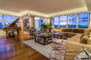 5640 Collins Avenue Unit 2-C